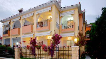 Hotel Aggelina House